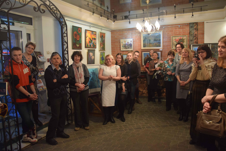 Церемония открытия выставки начинающих художников