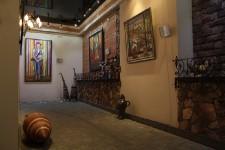 Интерьер галереи