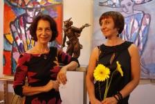 Скульптор Татьяна Кузьмина и Ирина Гершман на открытии выставки ЦИРКОВАЯ ФАНТАЗИЯ